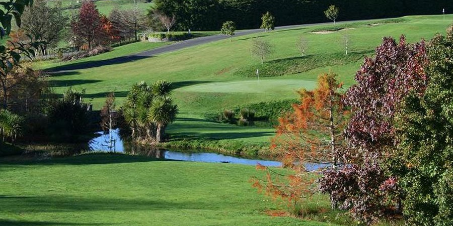 9-hole-golf-tours-at-maxwells